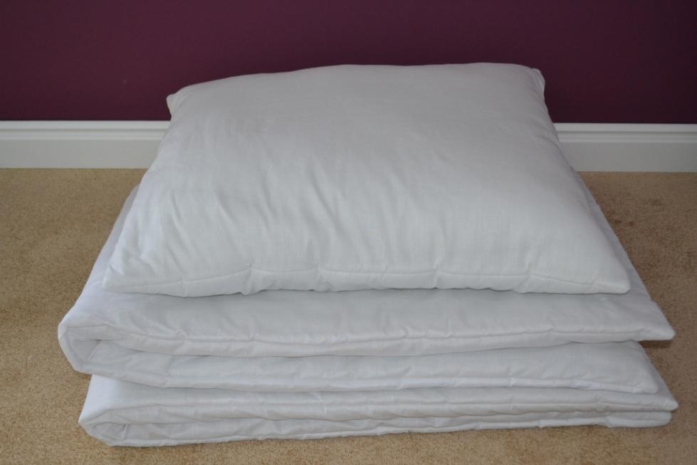 Kołdra z poduszką